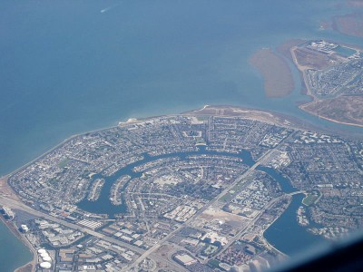 800px-Foster_City_Aerial